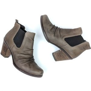 Paul Green Taupe Leather Ankle Booties size 6.5